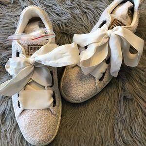 Puma basket heart teddy laced sneaker shoes